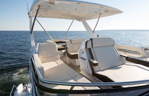 Cruisers Yachts - 60 Fly-flybridge