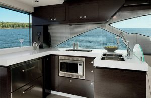 Cruisers Yachts - 60 Fly-galley