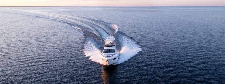 Cruisers Yachts - 60 Fly-slide9