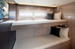 Cruisers Yachts - 60 Fly-third-stateroom