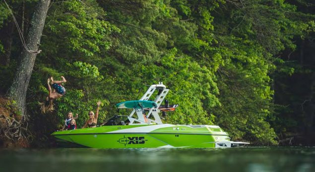 Axis Boats - A20