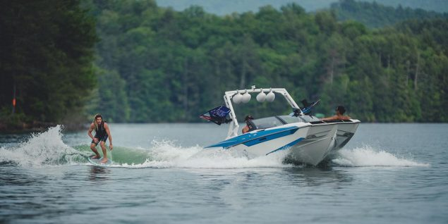 Axis Boats - A22
