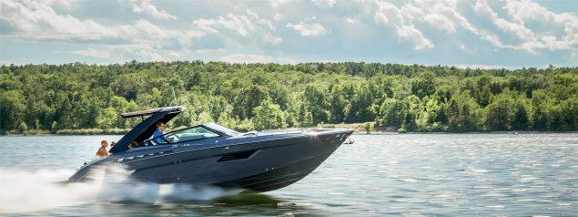 Cruisers Yachts - 338 South Beach Edition - Bow Rider