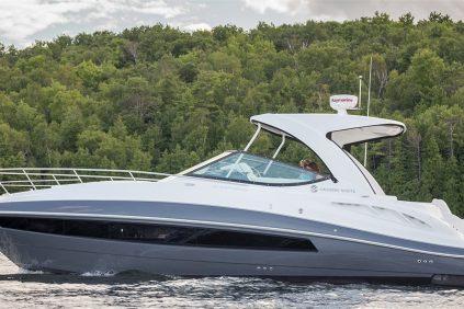 Cruisers Yachts - 35 Express