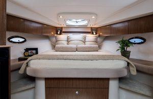 Cruisers Yachts - 38 Express