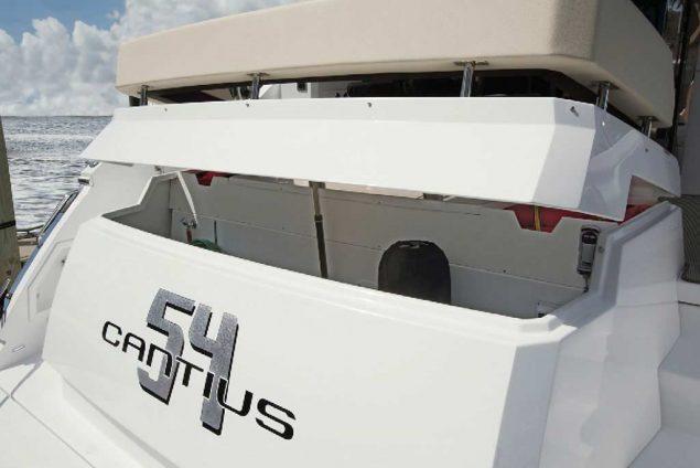 Cruisers Yachts - 54 Cantius
