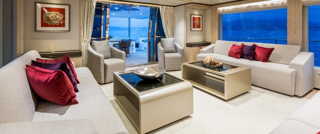 Majesty Yachts - 100