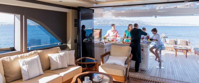 Majesty Yachts - 100