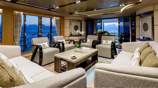 Majesty Yachts - 110