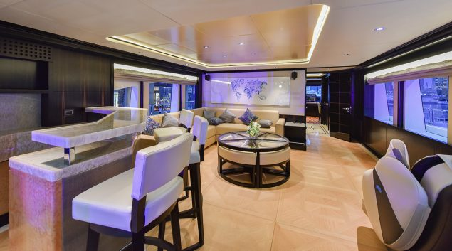 Majesty Yachts - 125