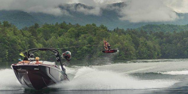 Malibu Boats - 24 MXZ