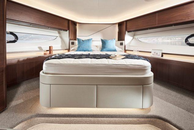 Princess Yachts - S78