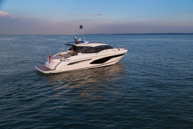 Princess Yachts - V60