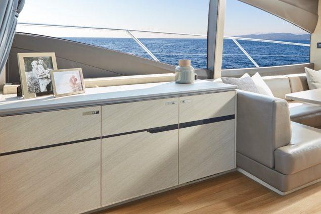 Princess Yachts - V60