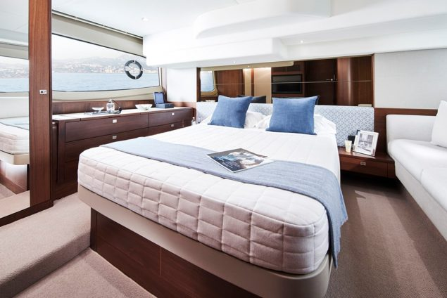 Princess Yachts - F50