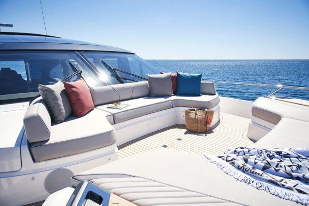 Princess Yachts - V78